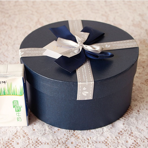Custom Product Catalogue Printing Design: Wholesales Custom Personalized Round Cardboard Gift Boxes